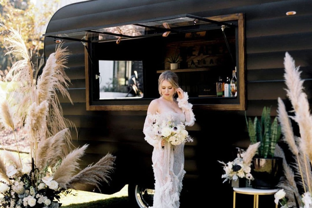 booth bar and bride featured