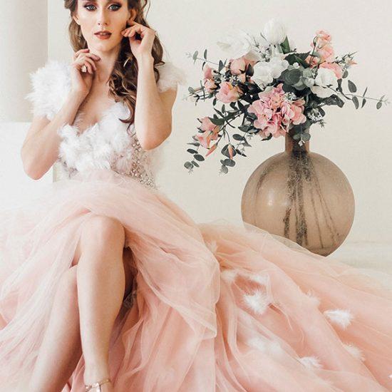 bride, flowers, lesbian, lgbtq, evol.lgbt
